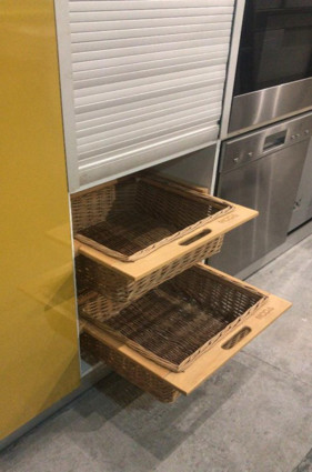 WICKER BASKET PULL-OUT CANE WOOD