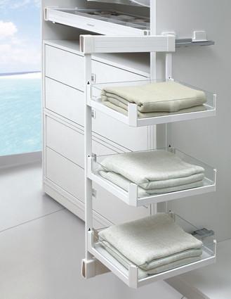 Three Shelf Side-Basket Pull out Soft close